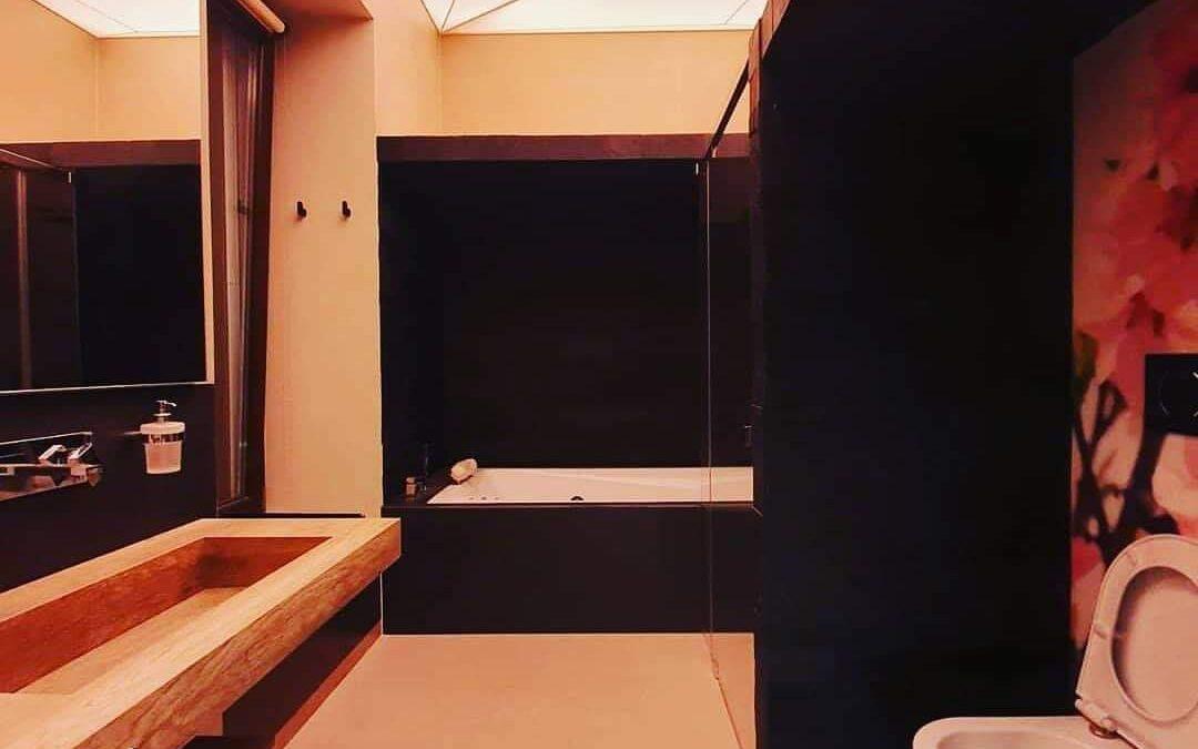 Soffitto Teso PVC per un bagno moderno e originale, i vantaggi delle soluzioni TensoCielo